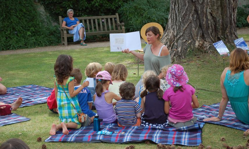 Storytelling at the Garden