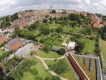 Hill Close Gardens, Warwick
